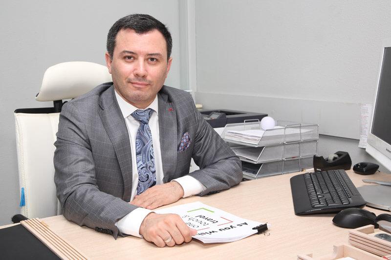 Али Микаилов